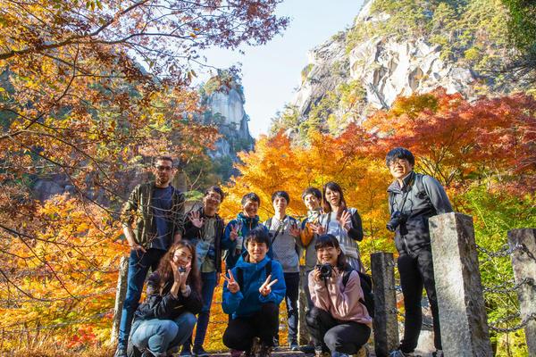 【フォルシア社員の休日】秋を彩る絶景を求めて 日本一の渓谷美「昇仙峡」を巡る旅~写真部~